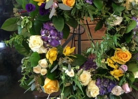 Funeral wreath by Minneapolis funeral florist Bloomberry Floral