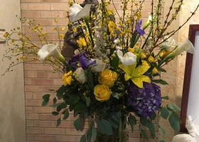 White, blue & yellow spring vase arrangement