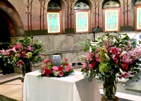 Lakewood Cemetery pink vase and urn arrangements