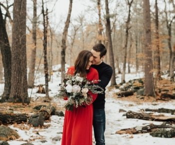 Romantic Winter Couple Photoshoot in Taylors Falls Minnesota