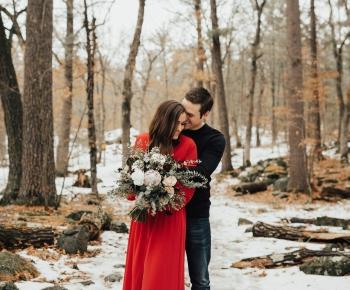 Romantic Winter Couple Photoshoot in Taylors Falls Minnesota