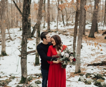 Romantic Couple Photoshoot in snow