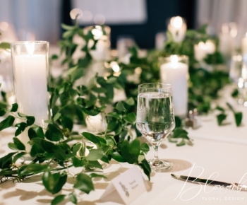 Headtable Harvest Style with greenery and Candles