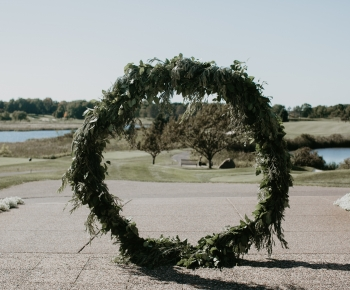 Circle wedding arch by Bloomberry Floral