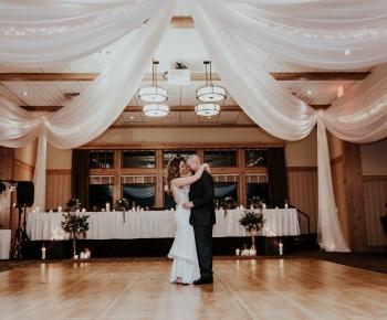 Bride and Groom first Dance Bunker Hills Golf