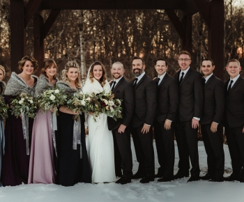 Bridal Party winter wedding Minnesota Flowers by Bloomberry Floral