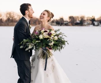 Bridal bouqet in moody color palette by Minneapolis florist Anne Monroe